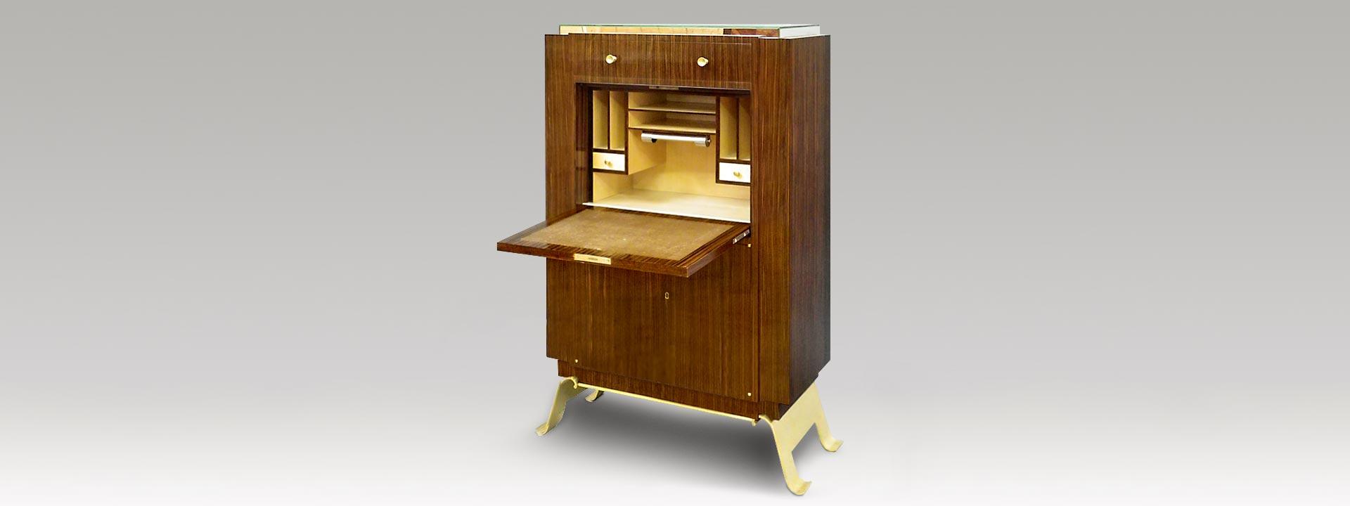 restaurateur b niste de meubles du xxe si cle atelier jean yves le bot camblon saint jean la. Black Bedroom Furniture Sets. Home Design Ideas